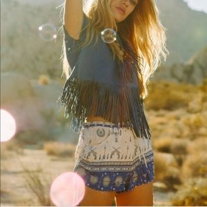 Spell and The Gypsy Coyote Shorts L EUC